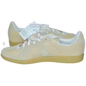 NWT Adidas BW Army Men's Sneaker Sz 11 B44639